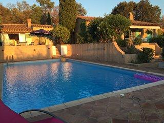 Villa provencale avec grande piscine