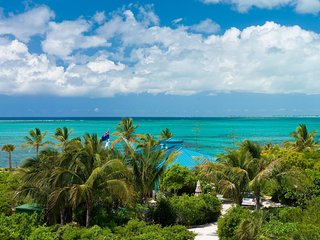 Conch Beach Villa on Grace Bay Beach, Providenciales