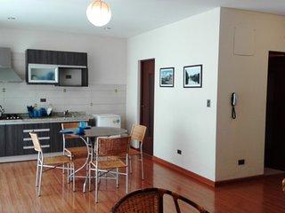 Departamento en Condominio con Piscina, Cochabamba
