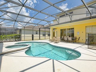 FloridaVilla304 Calabay Parc Tower Lake, 6 bed villa on gated resort with SOUTH