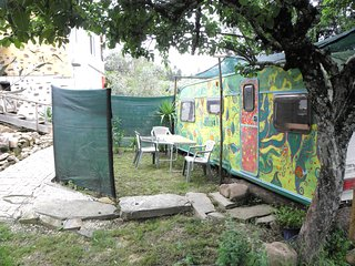 Apple Tree Caravan, Pedrogao Grande