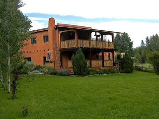 Hacienda Encantada Near Town w/ Mountain Views and Private Setting Hot Tub, Taos