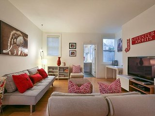 Gorgeous Bright Modern Mission 2BR