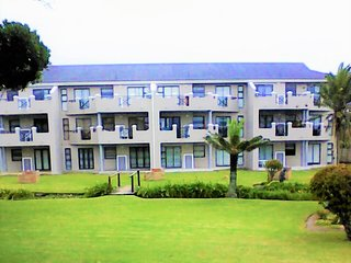SeaDucer Tours - Beachfront view 3 bedroom Apartment - Self Catering, Shelly Beach