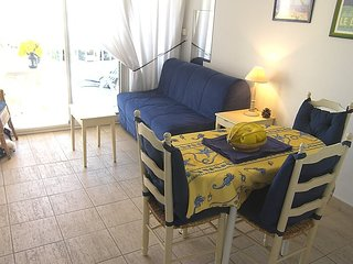 Apartment in Le Lavandou with Lift, Parking, Balcony (103605)