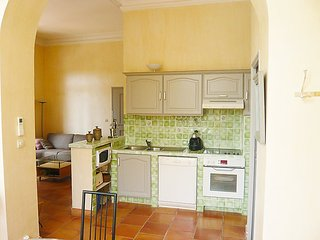 Apartment in the center of Cavalaire-sur-Mer with Parking, Terrace, Washing
