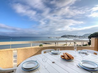 Apartment in the center of Cavalaire-sur-Mer with Terrace (103713)