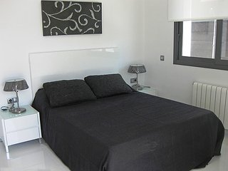 Villa in the center of Roses with Internet, Parking, Terrace, Washing machine