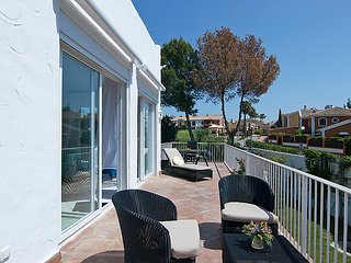 Villa in Marbella with Internet, Air conditioning, Parking, Terrace (322810)