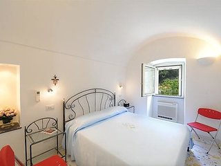 Apartment in the center of Amalfi with Internet, Air conditioning, Parking