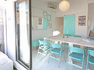 Villa in Barcelona with Internet, Air conditioning, Terrace, Washing machine, Barcellona