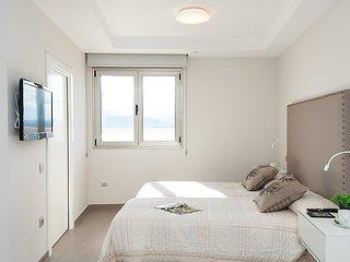 Apartment in Las Palmas de Gran Canaria with Internet, Lift, Terrace, Washing