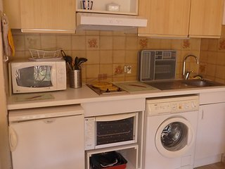 Apartment in Le Lavandou with Terrace, Parking, Washing machine (466683)