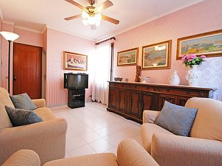 Apartment 590 m from the center of Venice with Internet, Balcony, Washing, Veneza