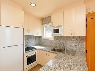 Apartment in Roses with Internet, Parking, Terrace, Washing machine (88153)
