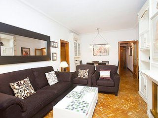 Apartment 1.2 km from the center of Barcelona with Internet, Air conditioning