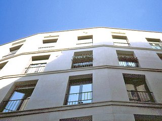 Apartment in the center of Barcelona with Internet, Lift, Washing machine