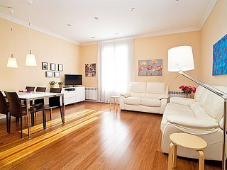 Apartment in the center of Barcelona with Internet, Air conditioning, Lift