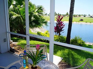GREENLINKS 911 - 3 Bedroom Fairway View Golf Villa, Napels