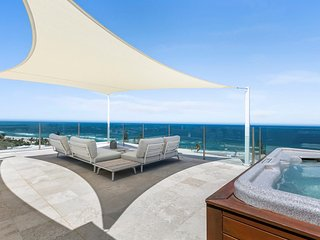 L'Onde Penthouse - Amazing 180 Degree Views