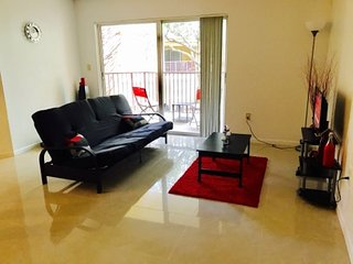 3/2 Condo Pool and BBQ area available, Plantation