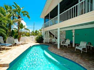 Life is Good at the Beach: Beautiful Home With Salt Water Pool, Walk to Beach!