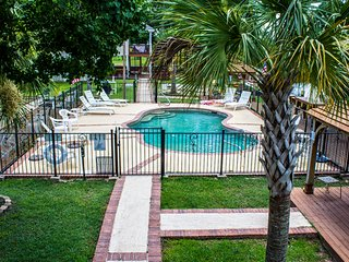 The View. Tons of Amenities! Pool, Kayak, Fish, BBQ and Much More!, Pass Christian