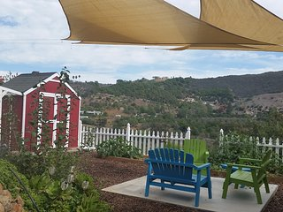 Subtropical Farmstay Retreat, Fallbrook