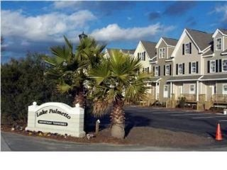 Lakefront Townhouse - Great Location