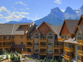 Luxury Two Bedroom Condo ~ RA136356, Canmore