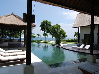 Villa Senja - Luxury and Privacy Lovina North Bali, Seririt