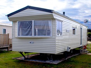 Holiday Caravan, Par