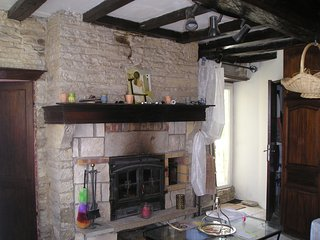 Maison ancienne de caractère rénovée, Cruzy-le-Châtel