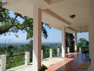 Premium Homestay in Coorg Mountain View 3 Forestdale