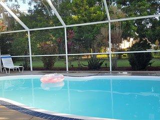 Caged, heated pool - Sarasota home near Siesta Key Beach