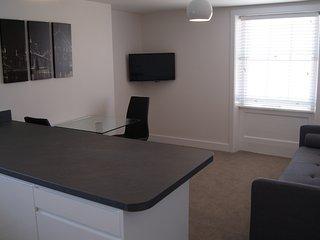 Servicedlets Apartment 4 The Famous Residence, Cheltenham