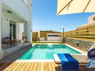 Villa in Crete : Rethymno Area Residence Olympia - Iole, Missiria