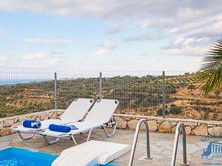 Villa in Crete : Rethymno Area Villa Amethyst, Mesi