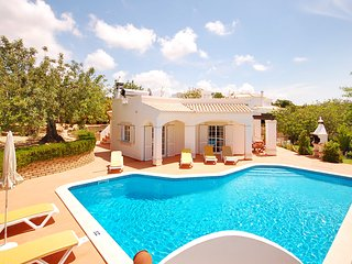 UP TO 35% OFF! ALEGRE Cosy, Well Appointed Villa W/ Pool,WiFi,AC,close to beach