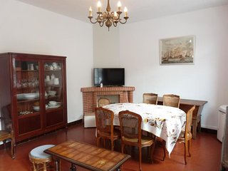 One bedroom apartment in the center of Cannes, easy walk to the Croisette and
