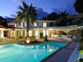 Villa in Mykonos : Psarrou Area Aegean Villas - Agafya