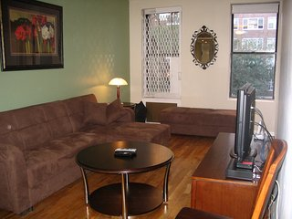 Upper West Side, Furnished 2BR/1BA apt, 94th st, New York City
