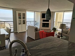 Ocean Front  Kingston Plantation--Panoramic Views ! Fireplace for winter months!