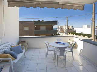323 First Floor Apartment at 50 Meters from the Beach in Lido Marini