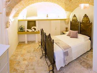 Studio apartment in Ostuni for 2 person - trattoria, coffe bar at 300 m