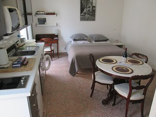 Independent room to let in Maisons-Laffitte, at Annie's place