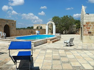 757 Masseria with Pool in Corsano