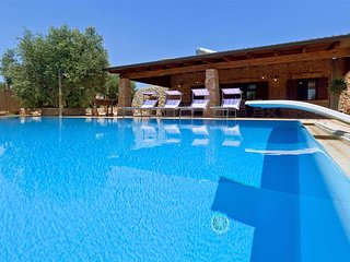 573 Pajara with Pool in Torre Vado