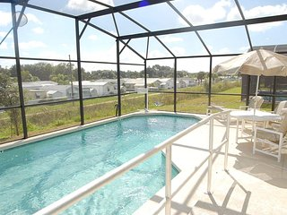 Villa 238 - 4 Bed Villa,Pool/Spa, Games Room, Wi-fi, 12 mins to Disney