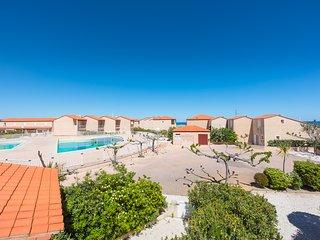 VILLA 3*** 50 m de la  MER, 6 couchages ds3 chambres,  4 vélos, piscine commune